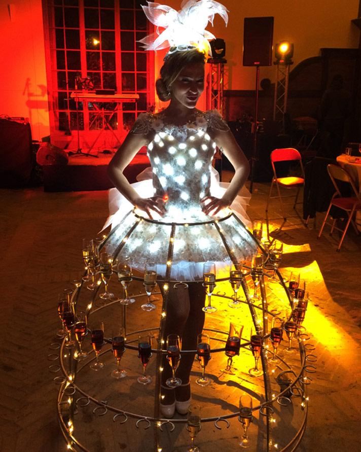 robe lumineuse accueil original des invités