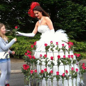 Animation Roses Fêtes des Mères, Robe à fleurs