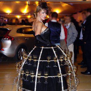 Hotesse Champagne Volvo