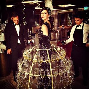 Animation thème Réveillon Jour de l'an avec la robe à champagne à Led