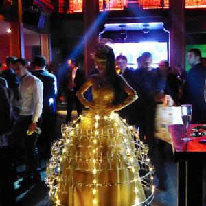 robe champagne thème bal masqué animation événement