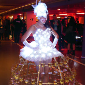 Robe Dame Champagne lumineuse Audi Luxembourg